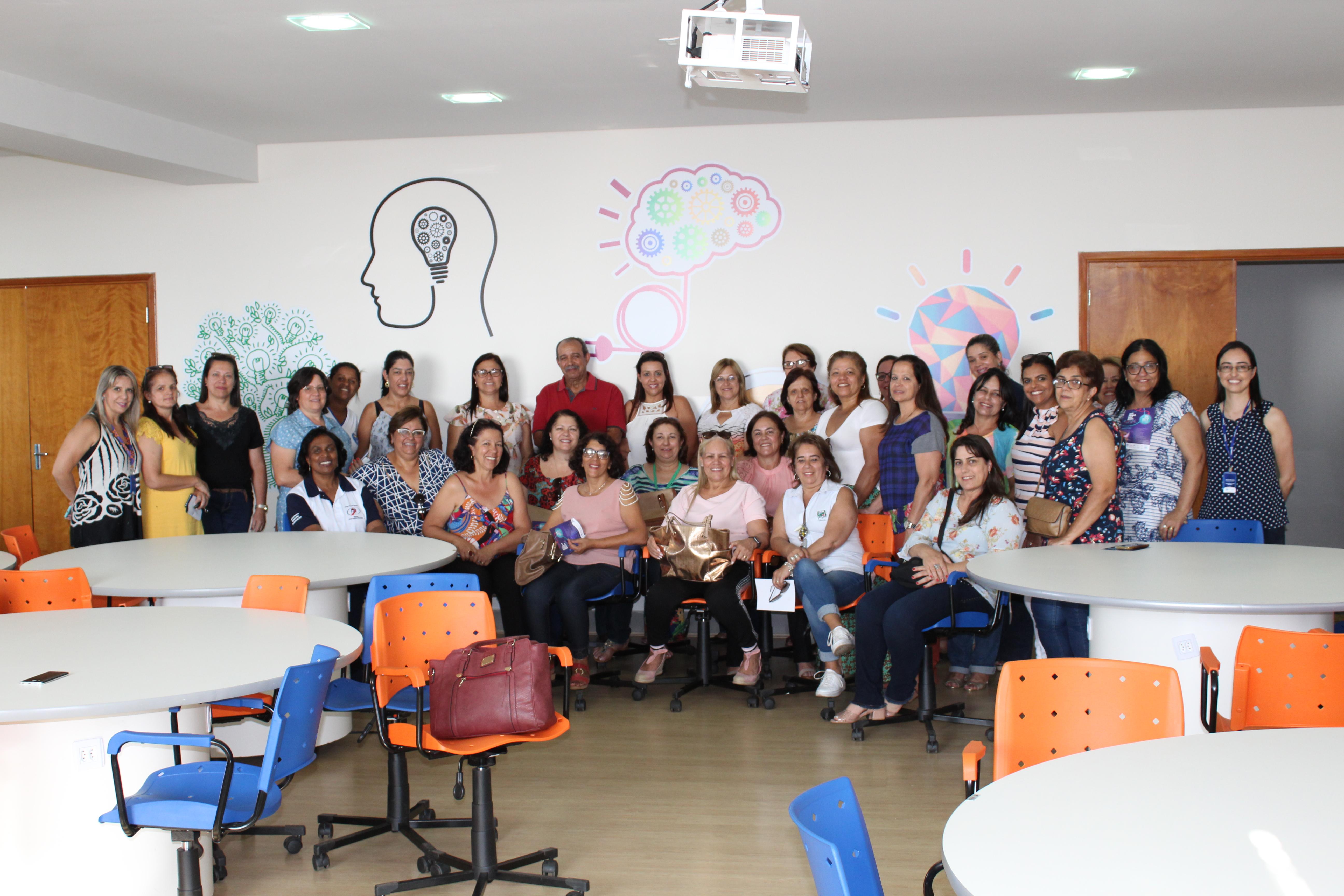 Diretoras das Escolas Municipais de Araxá visitam o Uniaraxá