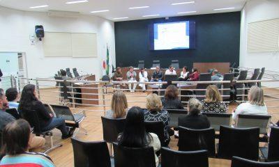 Plenário recebe Roda de Conversa sobre o Alzheimer