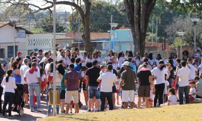 """Referência para as famílias, Parque do Cristo recebe homenagem do Dia dos Pais da Escola """"Amar é"""""""