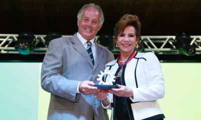 7ª ExpoCigra Fiemg é aberta oficialmente em Uberaba com entrega de prêmios para industriais de destaque