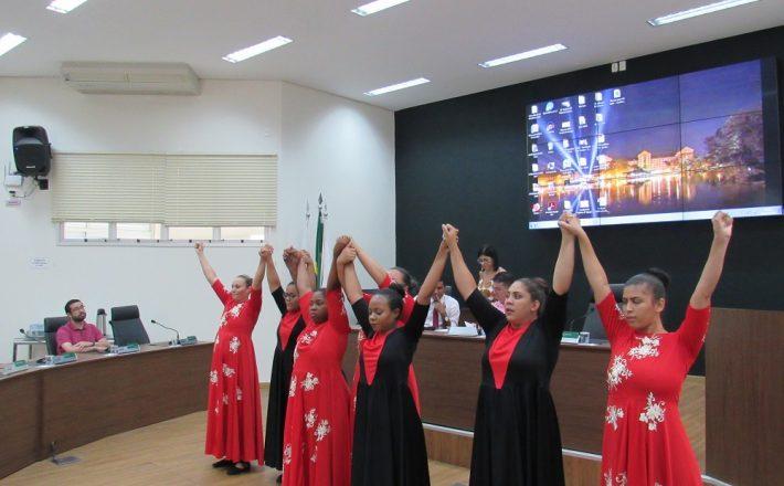 Fórum Comunitário debate violência contra a mulher