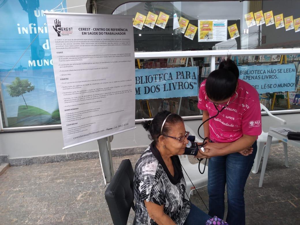Prefeitura intensifica ações de conscientização sobre câncer de mama