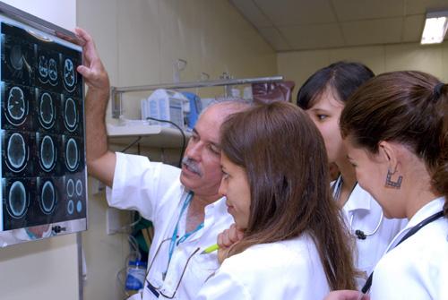 Fhemig abre processo seletivo de Residência Médica para início em 2020