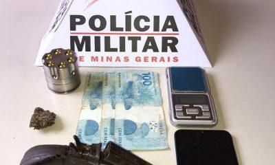 Polícia Militar prende autores e apreende drogas em Campos Altos/MG