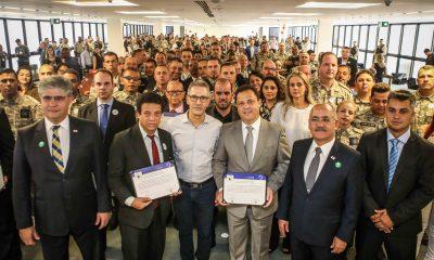 Governador entrega Selo Resgata a empresários que empregam mão de obra prisional
