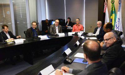 Em visita à Fapemig, governador destaca importância da ciência e tecnologia para reerguer o Estado