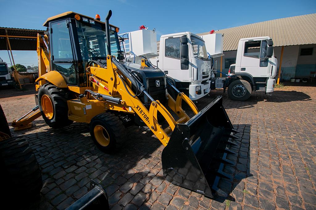 Prefeitura adquire novos equipamentos para manutenção das estradas vicinais
