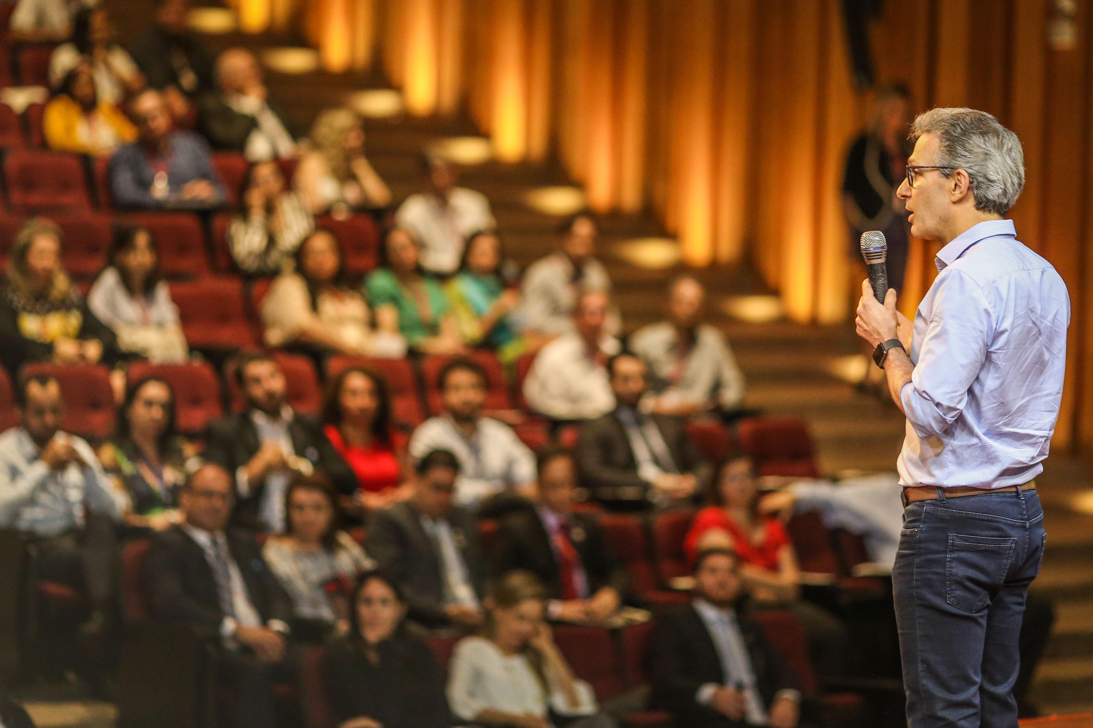 Romeu Zema participa de encontro anual do Conselho de Ética Pública