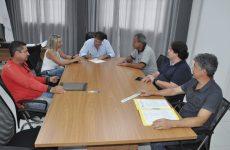 Prefeito Aracely assina ordem de serviço para importantes obras no Urciano Lemos