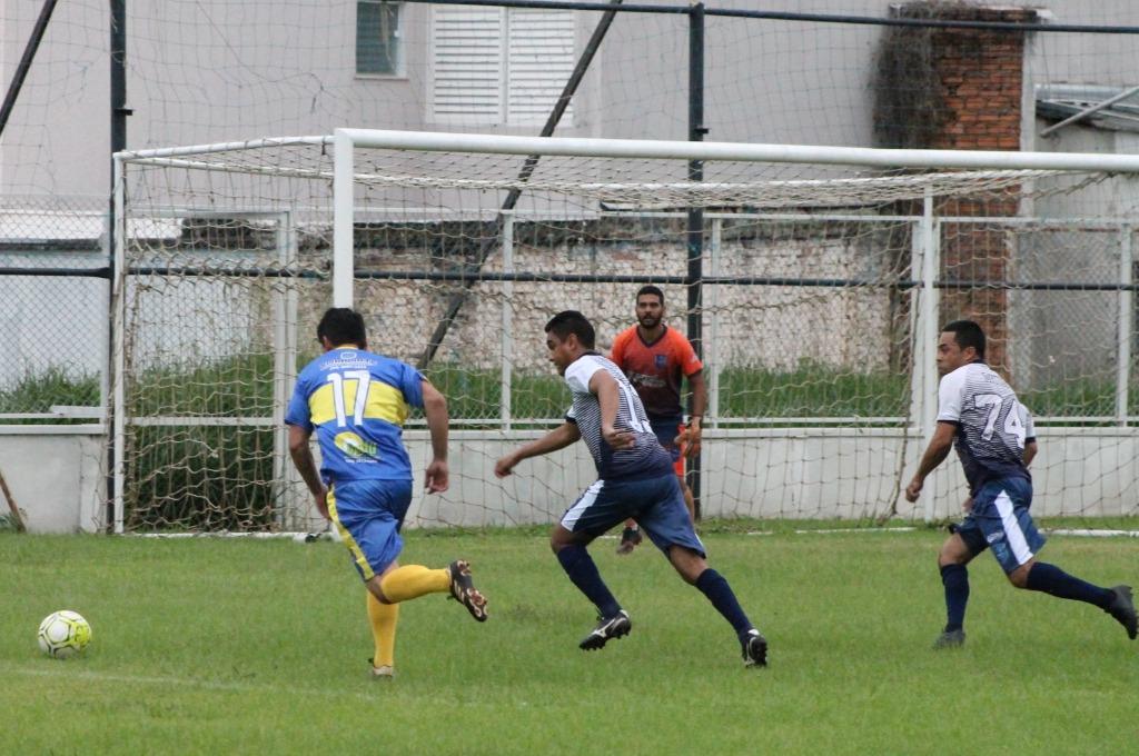 Amigos vence Fazenda Boca Jr no início da decisão da 1ª Copa Municipal de Futebol Master