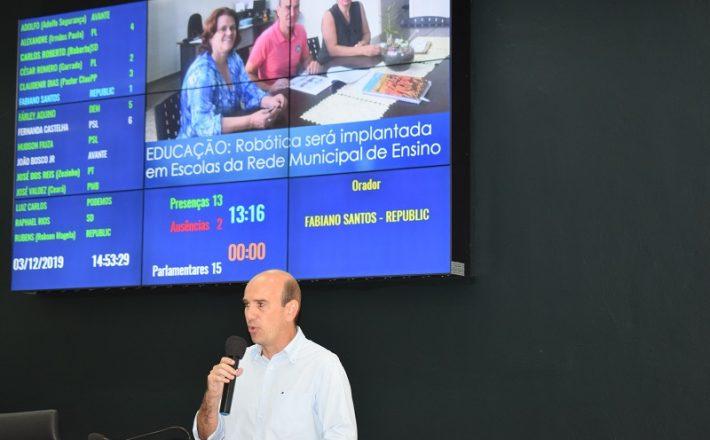 Escolas da rede municipal de Araxá vão receber aulas de robótica