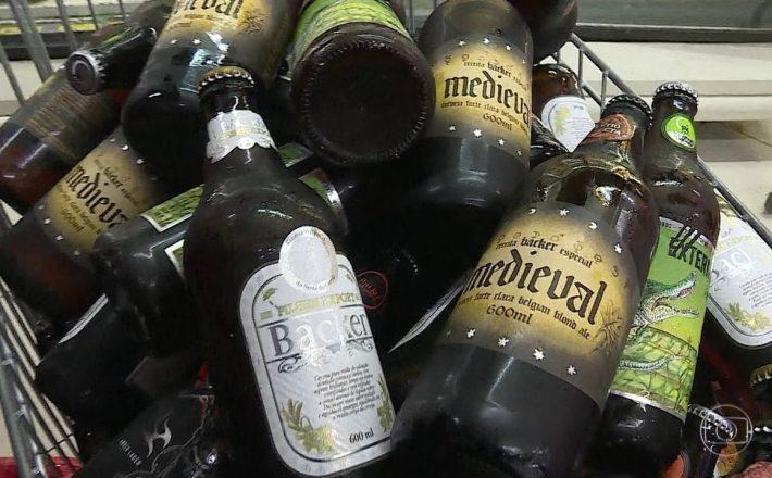 Morador de Araxá tem suspeita de contaminação pela cerveja Backer