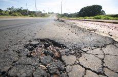Tráfego de veículos pesados geram prejuízos em Araxá