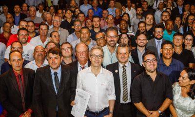Romeu Zema participa de seminário sobre gestão pública municipal