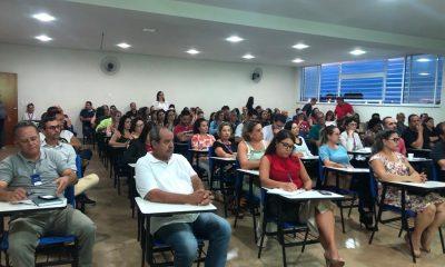 UNIARAXÁ ACONTECE!   REUNIÃO GERAL DE PROFESSORES