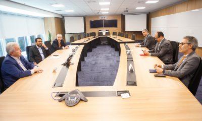 Romeu Zema se reuniu com Jair Bolsonaro e Paulo Guedes para discutir ações que amenizem impactos financeiros do coronavírus no Estado