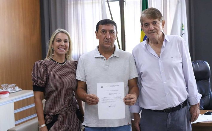 Prefeito empossa Marcelo Araxá como novo secretário municipal de Esportes