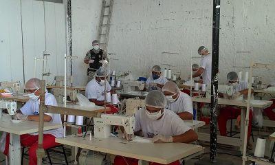 Mão de obra prisional reforça produção de máscaras