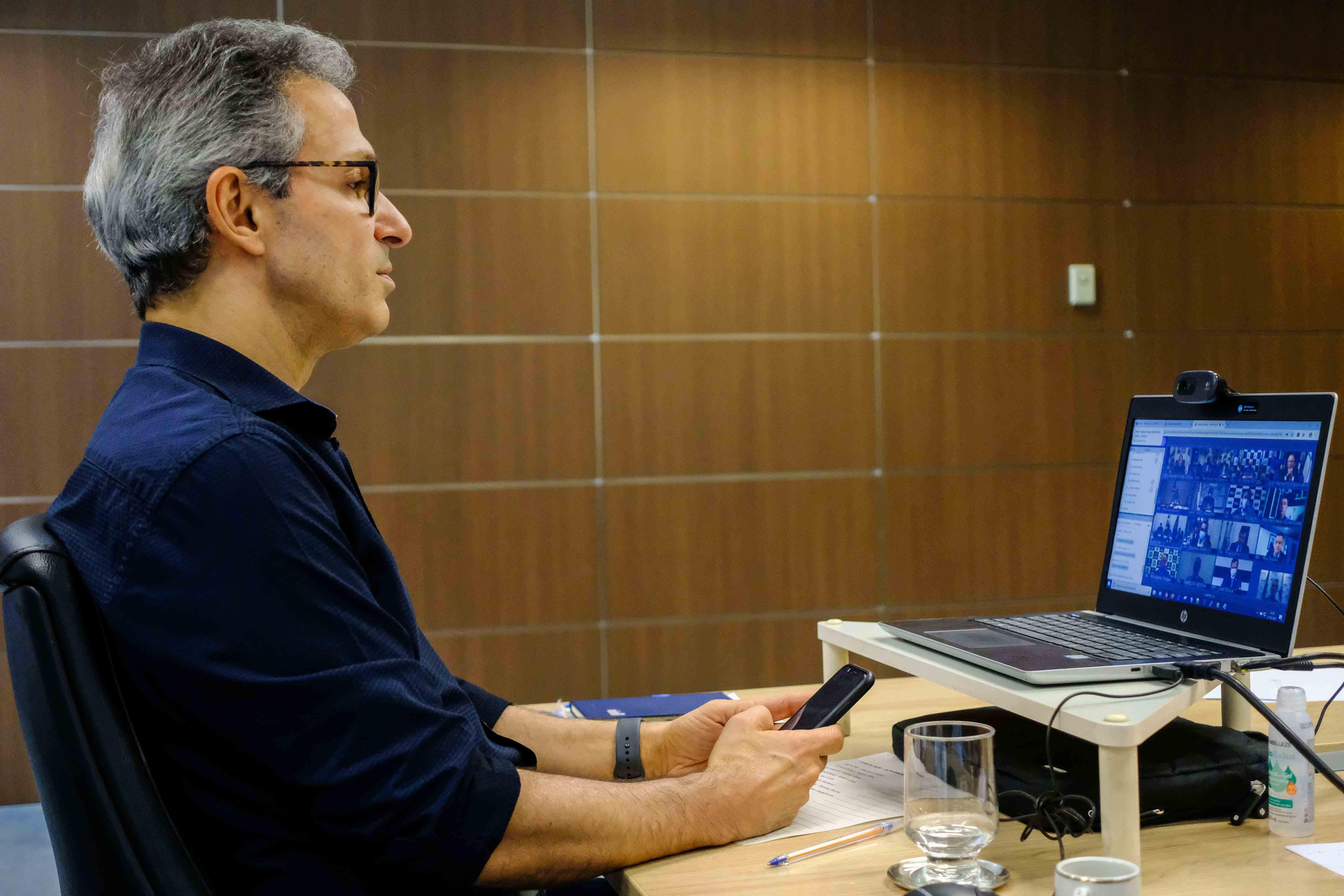 Romeu Zema participa de reunião virtual com presidente Jair Bolsonaro sobre ajuda aos estados