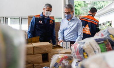 Romeu Zema recebe doações feitas à Defesa Civil para enfrentamento da pandemia do coronavírus no estado