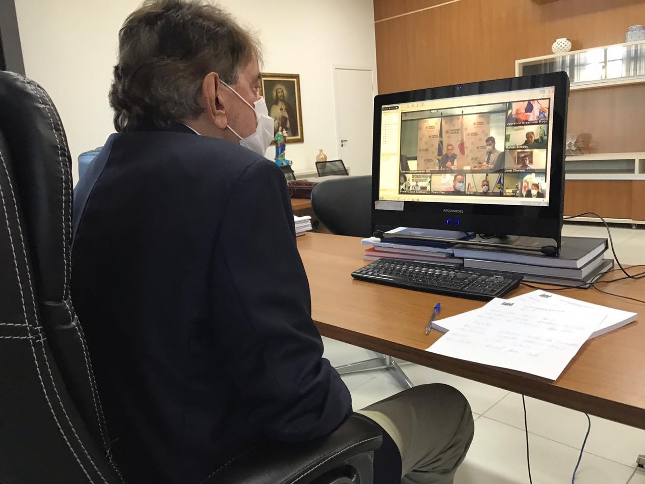 Prefeito Aracely participa de videoconferência com Governador sobre enfrentamento ao coronavírus