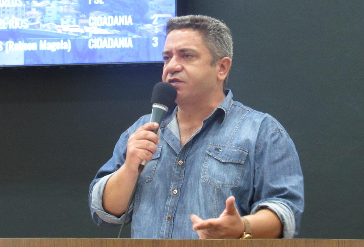 Robson Magela destaca reclamações sobre as contas da Copasa e Cemig em Araxá