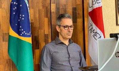 Romeu Zema debate soluções para destravar o desenvolvimento do Brasil