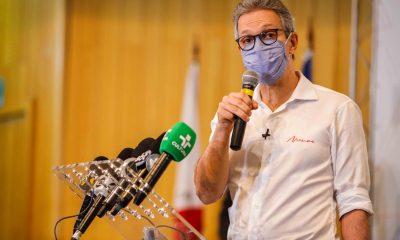 Governador Romeu Zema entrega oito respiradores e um cardioversor para tratamento da covid-19 em Uberlândia