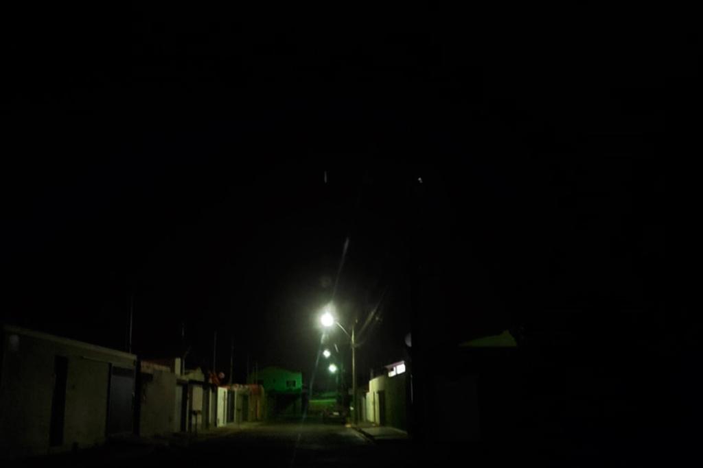 Raphael Rios lembra que Araxá está há seis meses sem manutenção de iluminação pública e cobra resposta da prefeitura