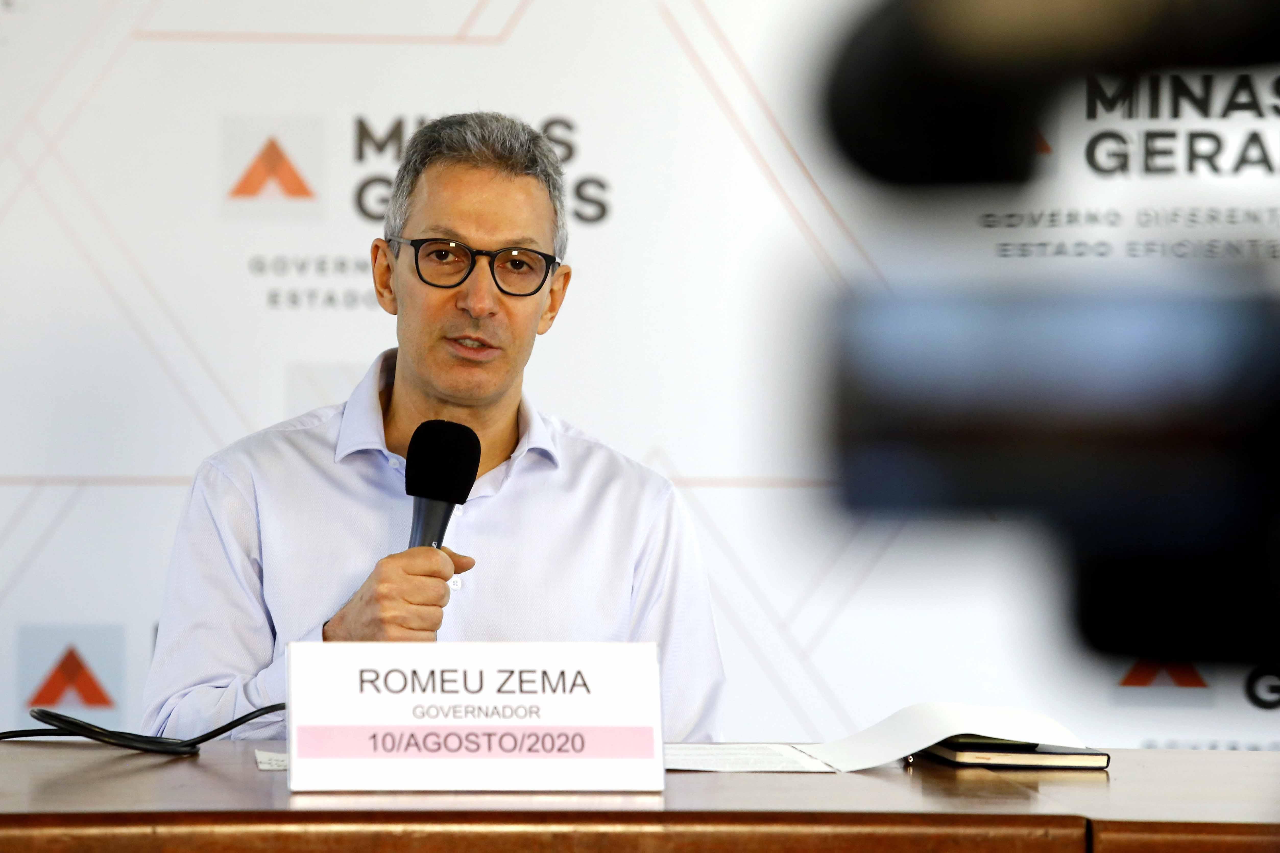 Romeu Zema anuncia ampliação do Bolsa Merenda e repasse para fundos assistenciais dos municípios