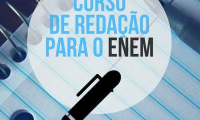 Curso gratuito de redação do ENEM para estudantes da rede pública de Araxá