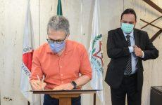 Governador Romeu Zema assina acordo de cooperação com o TRE-MG em apoio à realização das eleições