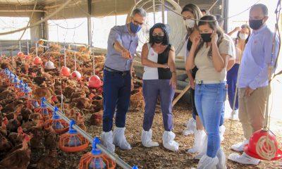 Romeu Zema reforça valorização dos produtos mineiros durante visita à região Central