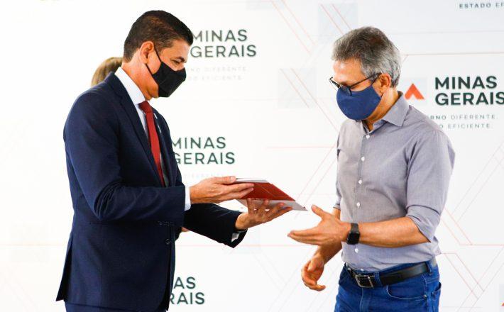 Romeu Zema participa de lançamento do planejamento estratégico da Polícia Civil de Minas Gerais