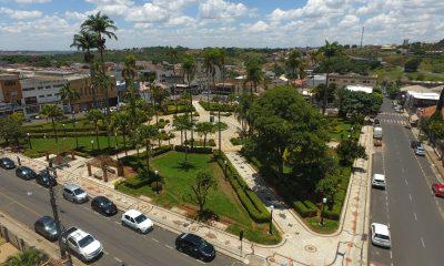 Praça Governador Valadares: revitalização e resgate histórico