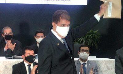 Prefeito Aracely comparece em diplomação dos candidatos eleitos de Araxá e Tapira