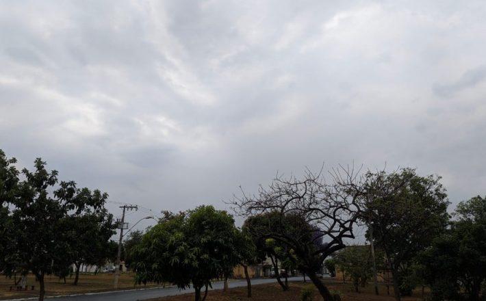 Semana de Natal e começo de verão tem calor e chuva no Triângulo e Alto Paranaíba