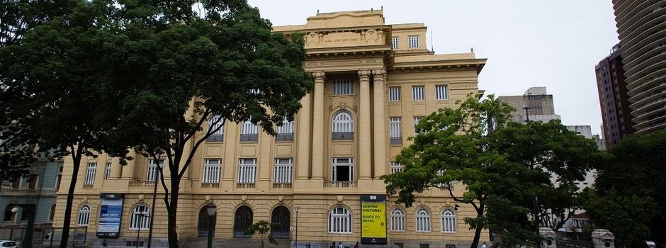 Espaços culturais retomam atividades presenciais em Minas