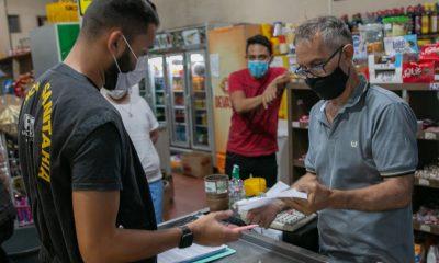 Blitze educativas reforçam medidas de combate à Covid-19 em Araxá