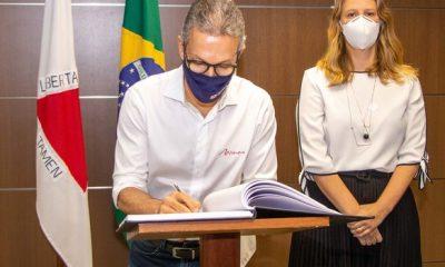 Governador empossa Luísa Barreto como nova secretária de Planejamento e Gestão