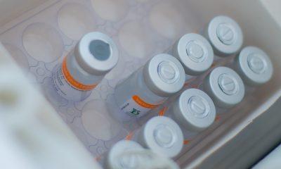 Araxá recebe mais 4.930 doses de vacina contra a Covid; 98% são para aplicação da 2ª dose