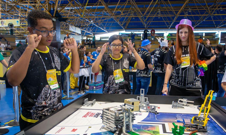 Firjan e Sesi promovem torneio de robótica em formato virtual