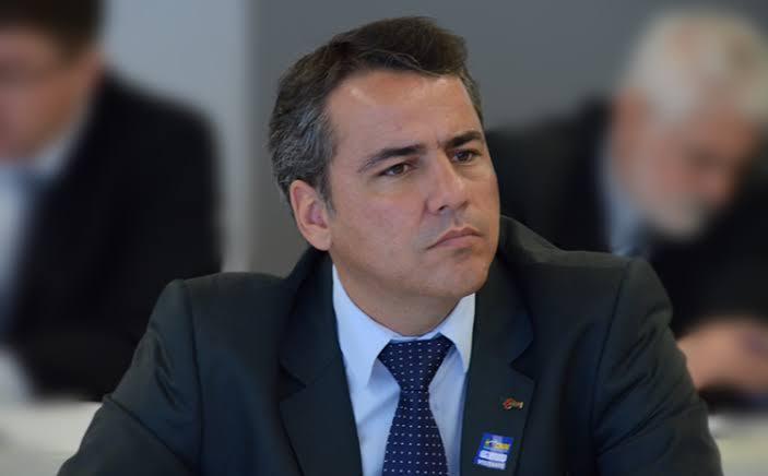 Em Araxá, presidente da AMM defende pagamento da dívida da saúde aos municípios mineiros