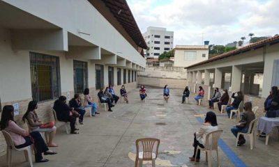 Escolas estaduais começam a receber professores para o retorno seguro das aulas presenciais