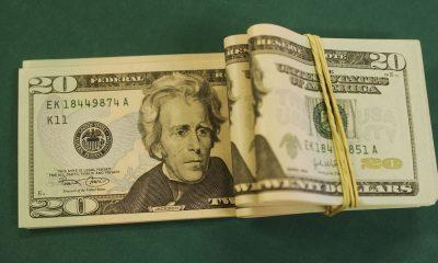 Dólar cai para R$ 5,07 e fecha no menor valor em quase um mês