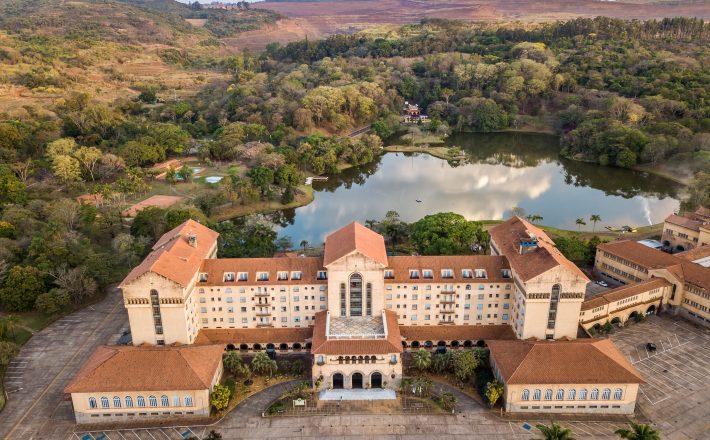 Grupo Tauá contrata mão de obra local e se prepara para a reabertura do Grande Hotel Termas de Araxá na primeira quinzena de setembro