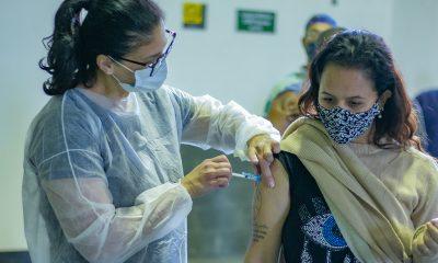 Araxá vacina pessoas a partir de 31 anos neste sábado