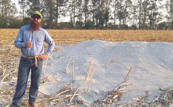 Prefeitura começa a distribuição de calcário para produtores rurais de Araxá