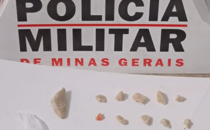 POLÍCIA MILITAR PRENDE AUTOR POR TRÁFICO DE DROGAS EM ARAXÁ/MG